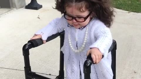 Baby shows off hilarious grandma Halloween costume