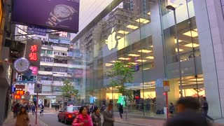 Strong sales start for new iPhones - Video