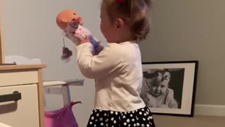 Toddler throws adorably funny temper tantrum