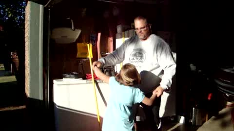 Labrador Forces Man To Dance With Him Instead Of His Daughter