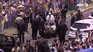 Pope Doesn't Even Hesitate to Get Off Popemobile After Police Officer Is Thrown From Her Horse - Video
