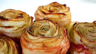 Potato roses with bacon - Video