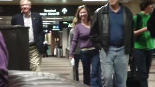 Drunk Girl Arrested at Phoenix Airport - Video