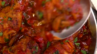 Easy One-Pan Chicken Cacciatore
