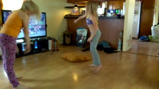 Watch me whip watch me nae nae 8 year old daughter dance  - Video