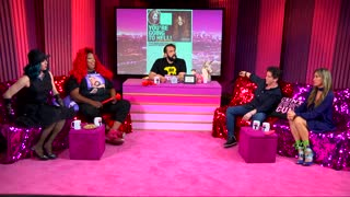 Extra HOT T: Selena Gomez Drug Party? KELLY MANTLE on HOT T! - Video