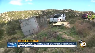 Female driver easily smuggles illegals into US - Video