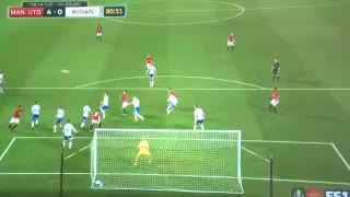 Goal: Lovely finish from Schweinsteiger 4-0 - Video
