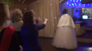 Wedding bouquet toss gone wrong - Video