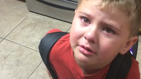 Toddler demands hilarious request