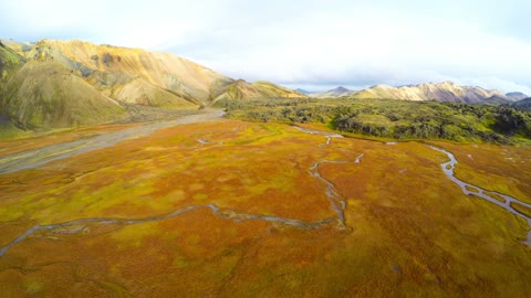 This Icelandic volcanic valley does seem to be from the Earth