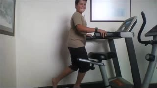 Treadmill hold on bellyflop - Video