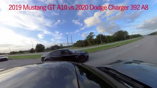 2019 Mustang GT A10 vs Dodge Charger 392's & Mustangs