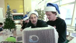 WestJet Christmas Miracle: real-time giving - Video