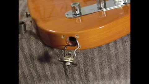 Repairing An Output Jack on a Solid Body Guitar