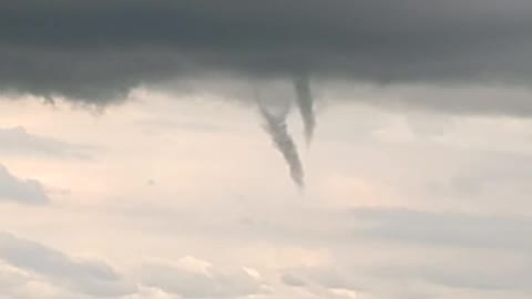 Natural phenomena: Cold core funnels appear in Canadian sky