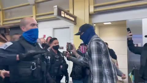 Breaking: ANGRY MOB of TRUMP SUPPORTERS Mobs Traitor Lindsey Graham at DC Airport