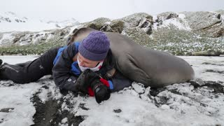 The Hazards of Being a Wildlife Photographer - Video