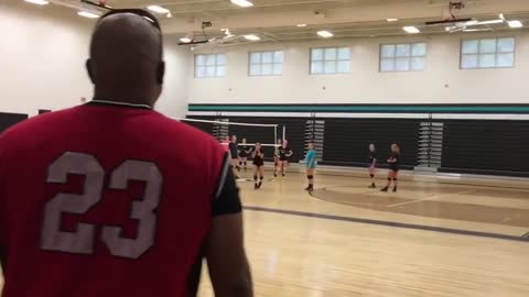 Dad surprises daughter at practice after being overseas for over a year