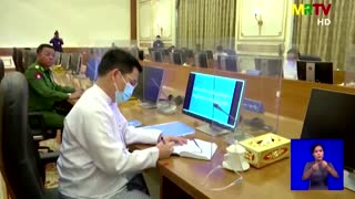 Myanmar junta leader meets with new government for first time