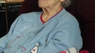 Grandma with Alzheimer's makes up song and yodels