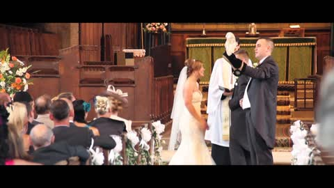 Trained Owl Flies Down The Aisle To Deliver Wedding Rings