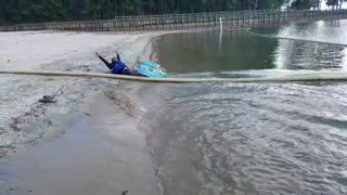 Wakeboarding sand stop somersault - Video