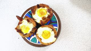 How to make bacon breakfast cups - Video