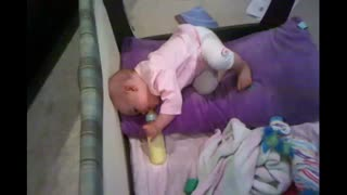 Baby hilariously goes to sleep on command - Video