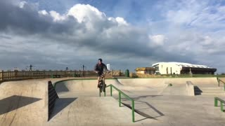 Collab copyright protection - bmx green rail slide cloudy sky - Video