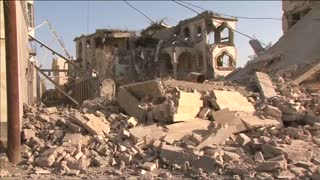Saudi-led coalition ramps up airstrikes on Yemen - Video