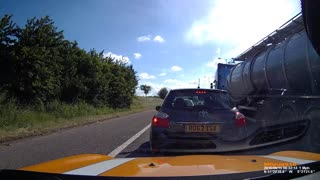 Justice Dispensed on Car Driving Illegally on Shoulder - Video