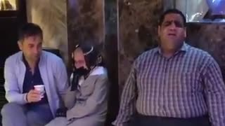 Saleh, the popular blind man singing a beautiful song - Video