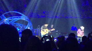 The Thunder Rolls Garth Brooks Live In Orlando Amway Arena - Video