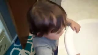1 year old has a conversation in gibberish - Video