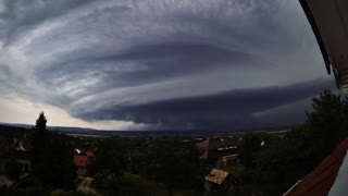Intense Time Lapse Footage Of Supercell Storm In Hungary  - Video