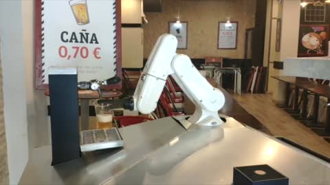 COVID: Robot Pulls Perfect Pint With No Client Contact