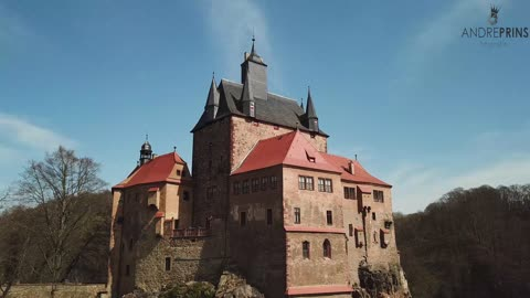 Drone beautifully captures ancient castle in Germany