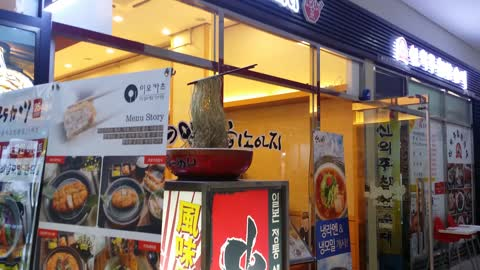 A Very Eye Catching Noodle Sign Stand
