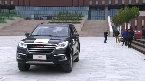 Chinese researchers unveil brain powered car