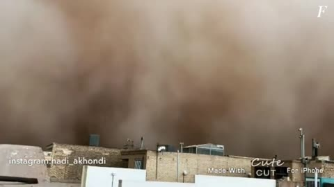 Sandstorm swallowed the city in minutes