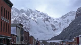Massive Avalanche In Aspen Captured On Camera - Video