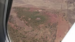 The middle of nowhere in Australia - Flying in to Limbunya Station 1.3 Million Acres - Video