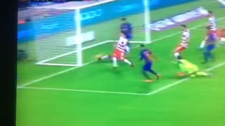 Rafinha incredible goal vs Granada - Video