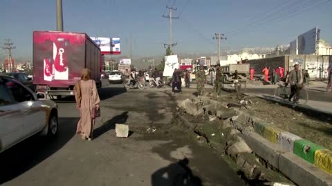 Suicide bomber hits Afghan security forces convoy