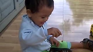 Daily life in Vietnam with my son.  - Video