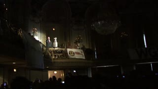 "Jim Cornelison sings ""The Star-Spangled Banner"" at the 2010 Chicago Blackhawks Convention - Video"