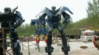 From car parts to life-size transformers in China - Video