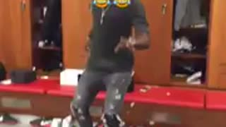 Eric Bailly busts some moves in Man United dressing room - Video