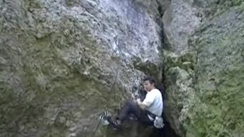 Climbing the route 'die zwei muskeltiere'.